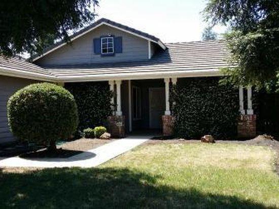 2844 Mitchell Ave, Clovis, CA 93611