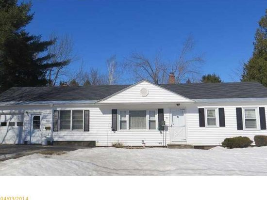11 Averill Ter, Waterville, ME 04901