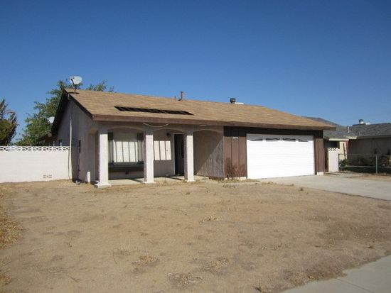 39075 Dianron Rd, Palmdale, CA 93551