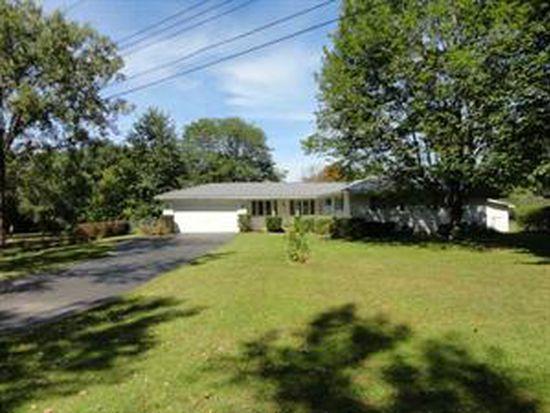 7161 Northledge Dr, Lockport, NY 14094