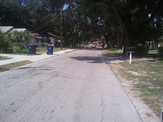 8305 N Brooks St, Tampa, FL 33604