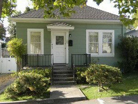 407 Oak St, Petaluma, CA 94952