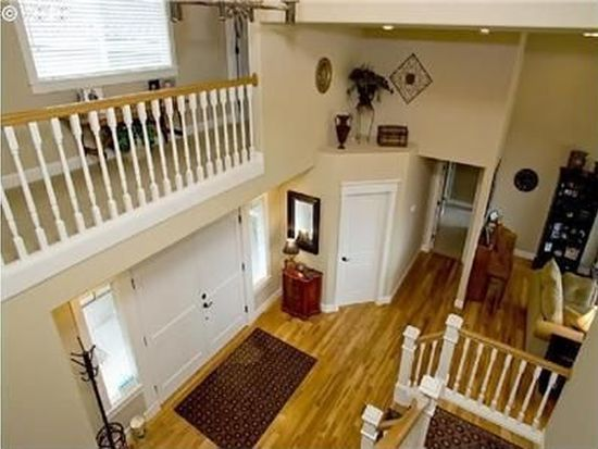 2880 Carriage Way, West Linn, OR 97068