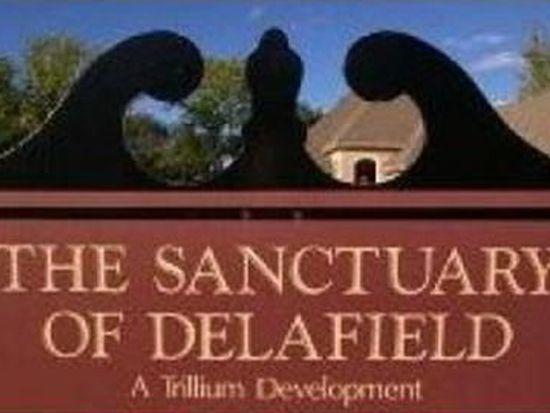 630 Sanctuary Ln, Delafield, WI 53018