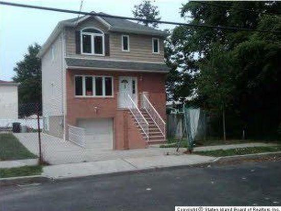141 Mason Ave, Staten Island, NY 10305