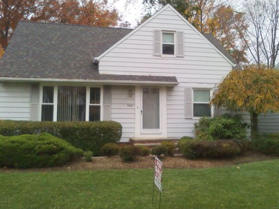 1750 Hawthorne Dr, Cleveland, OH 44124