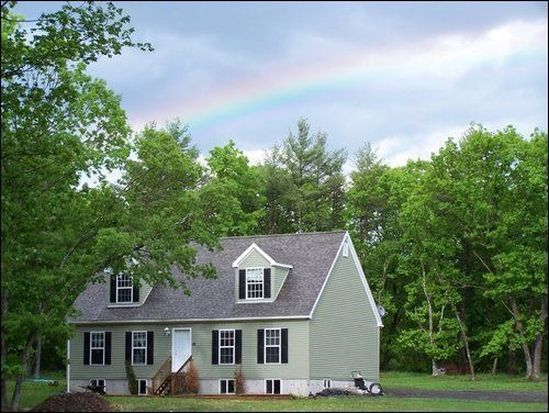 28 Country Ln, Saugerties, NY 12477