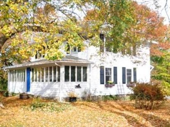 57 Concord St, Gloucester, MA 01930