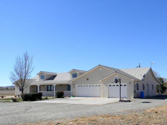 3 Los Llanos, Edgewood, NM 87015