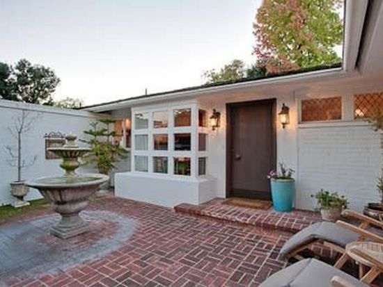 1181 S Oak Knoll Ave, Pasadena, CA 91106
