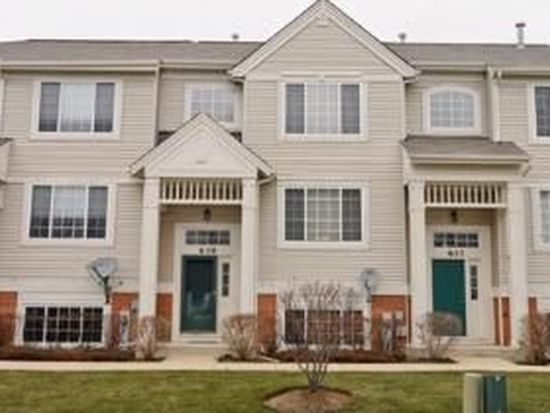 639 Cary Woods Cir, Cary, IL 60013