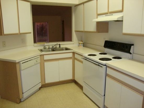 3010 Summer House Dr, Valrico, FL 33594