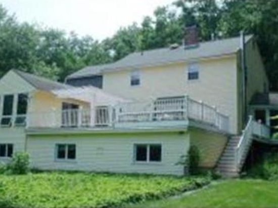 81 Wire Rd, Merrimack, NH 03054