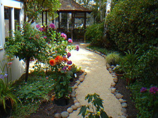 410 Stanford Ave, Palo Alto, CA 94306