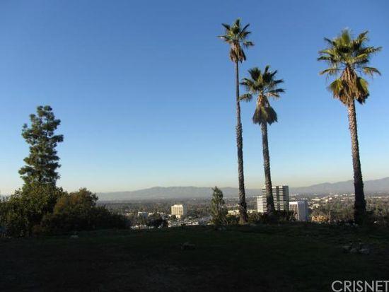 15126 Rayneta Dr, Sherman Oaks, CA 91403