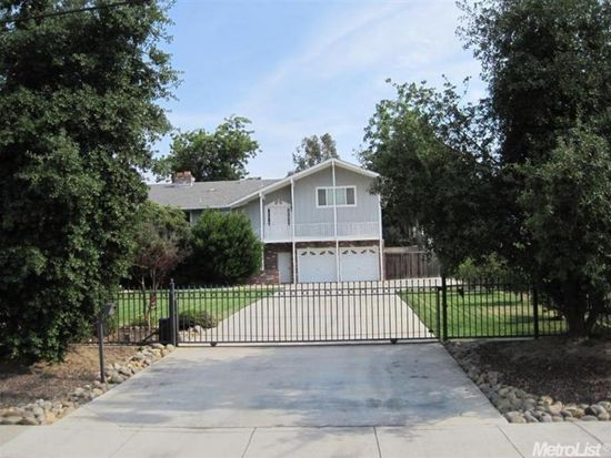 2932 Canal Dr, Stockton, CA 95204