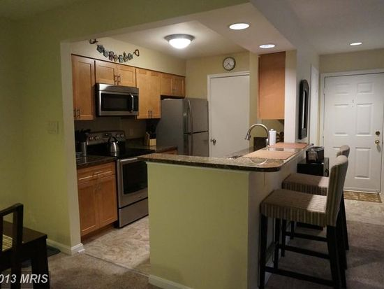 7703 Lafayette Forest Dr APT 21, Annandale, VA 22003