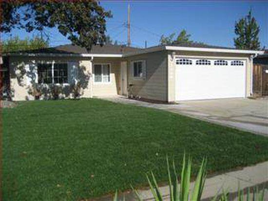 3206 Calzar Dr, San Jose, CA 95118