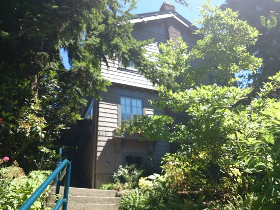 938 13th Ave E, Seattle, WA 98102