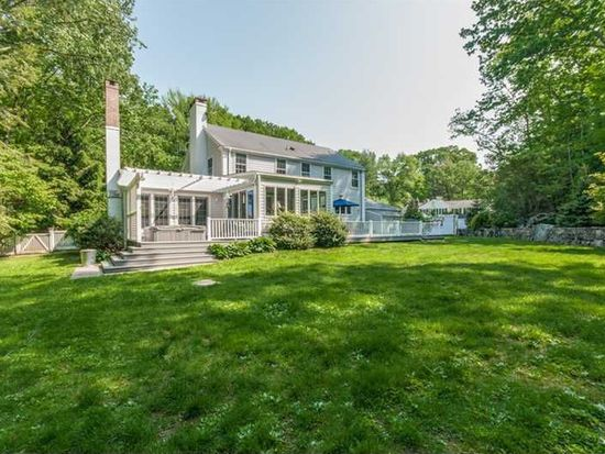 15 Red Coat Pass, Darien, CT 06820