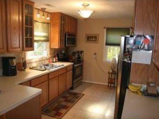 22 Hillside Ct, Huntingtown, MD 20639