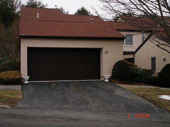 2970 Mendon Rd APT 143, Cumberland, RI 02864