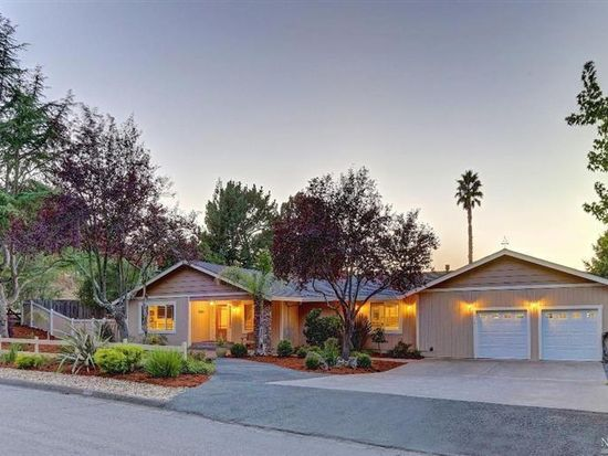 414 Bloom Ln, Novato, CA 94947