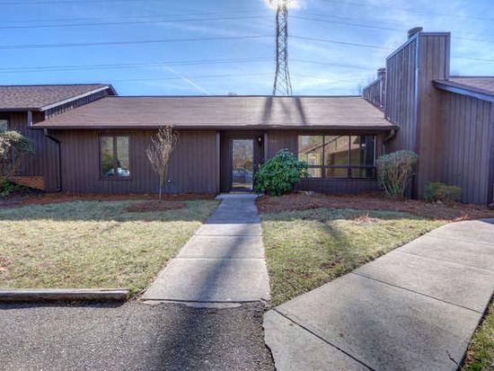 2407 Cottage Pl, Greensboro, NC 27455