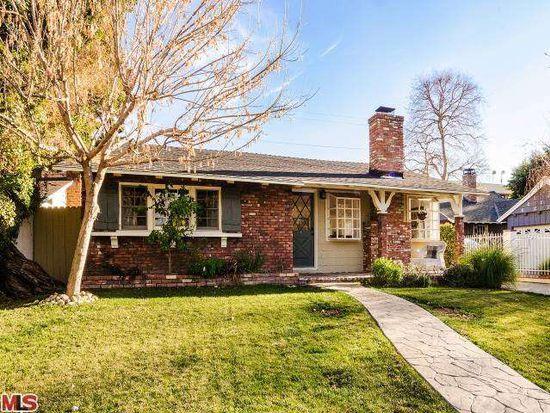 23220 Leonora Dr, Woodland Hills, CA 91367