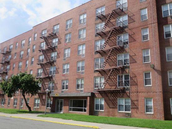 265 Mill Rd APT 5D, Staten Island, NY 10306