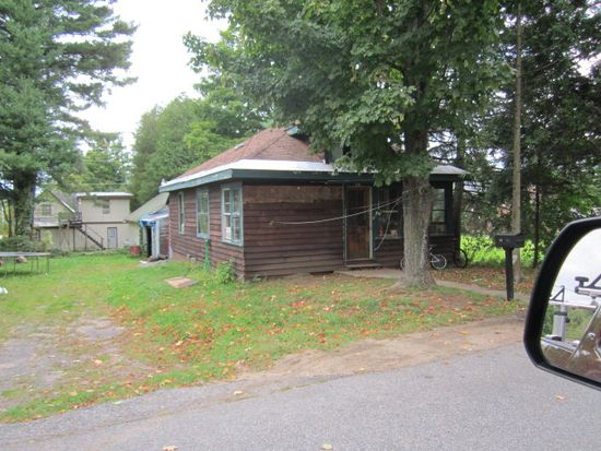34 First St, Tupper Lake, NY 12986