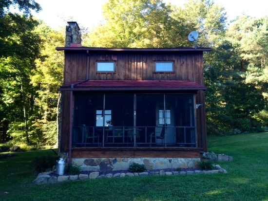 325 Creek Rd, Carlton, PA 16311