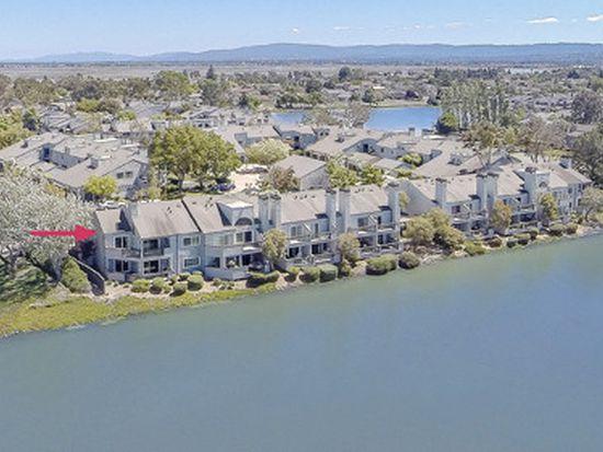 4 Cape Hatteras Ct, Redwood City, CA 94065