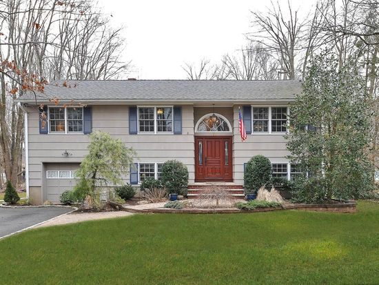 170 Pearl St, Berkeley Heights, NJ 07922