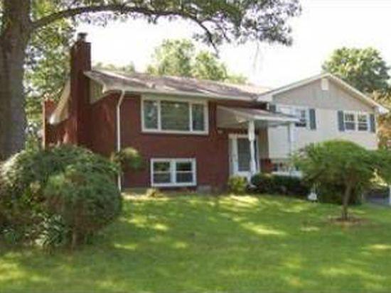 50 Edgehill Dr, Wappingers Falls, NY 12590