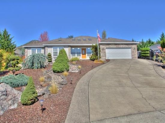 1542 Pebble Beach Ct, Medford, OR 97504