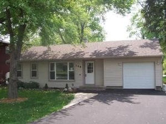 349 Council Trl, Lake In The Hills, IL 60156