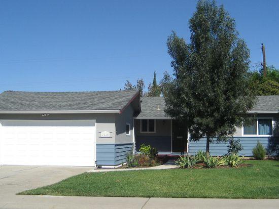 2220 Delaware Ave, Stockton, CA 95204