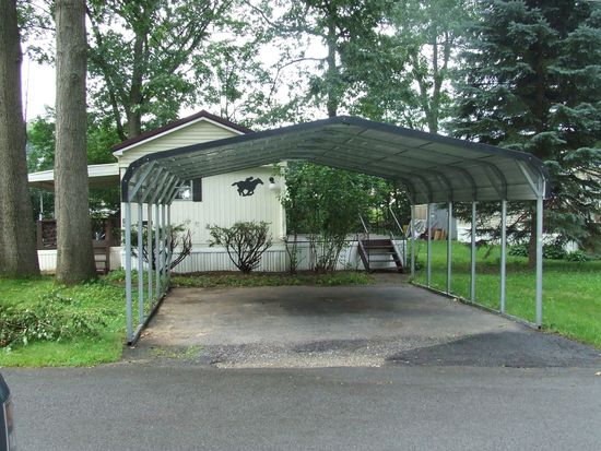 39 Loughberry Mobile Home Park, Saratoga Springs, NY 12866