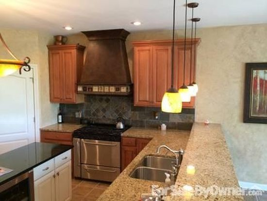 6647 Stonepoint Way, Indianapolis, IN 46237