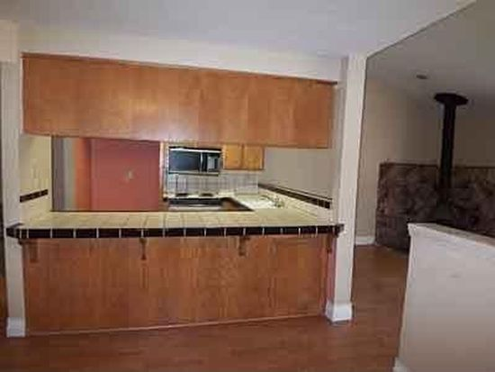 7733 Lauppe Ln APT 21, Citrus Heights, CA 95621