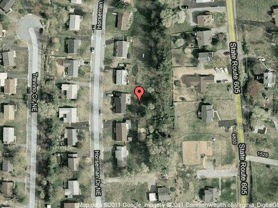 4647 Horseman Dr NE, Roanoke, VA 24019