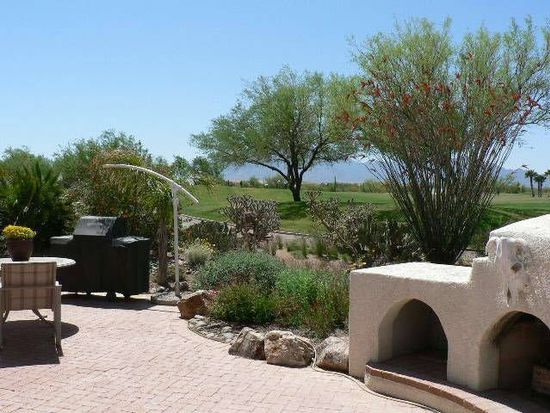 2076 E Desert Fox Dr, Green Valley, AZ 85614