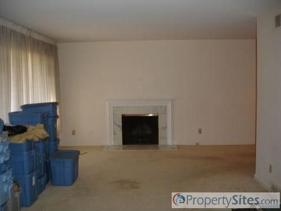 221-223 Winchester Rd, Fairlawn, OH 44333