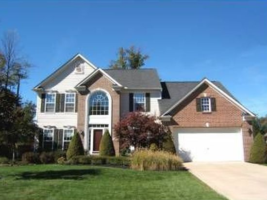 9144 Lake View Dr, Olmsted Falls, OH 44138