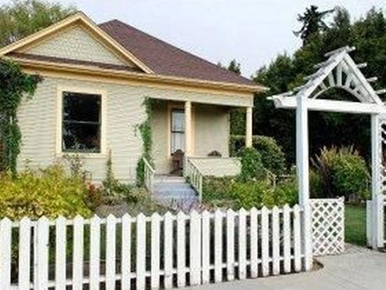 920 Cayuga St, Santa Cruz, CA 95062