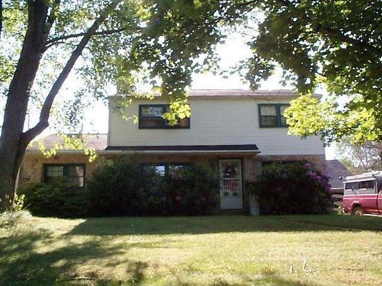 2841 Saint Peters Rd, Elverson, PA 19520