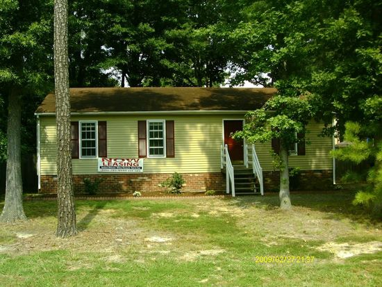 10900 Robious Rd, North Chesterfield, VA 23235