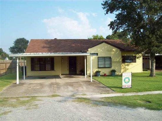 6610 Verde St, Groves, TX 77619
