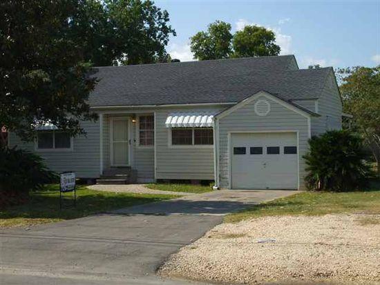 8030 Beauxart Garden Rd, Nederland, TX 77627